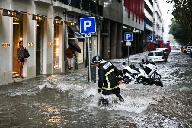 Forte chuvada em Lisboa